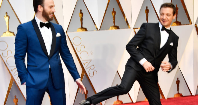 Oscars 2017 Avengers Stars Assemble In Style And Get Shippers Talking Moviefone