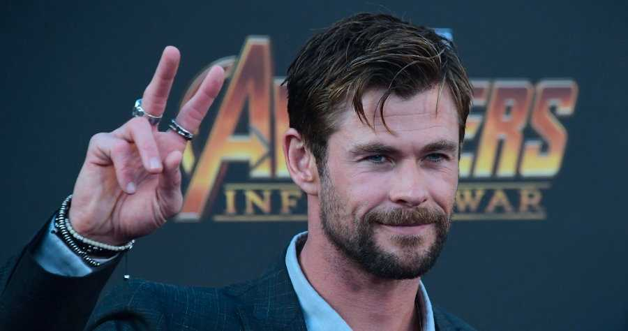 Marvel Boss Regrets Making Chris Hemsworth Dye His Eyebrows For First Thor Movie Moviefone