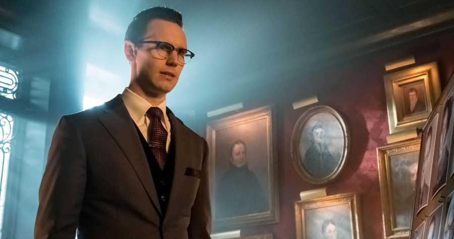 """Cory Michael Smith in the """"Heroes Rise: How The Riddler Got His Name"""" spring premiere episode of GOTHAM airing Monday, April 24"""