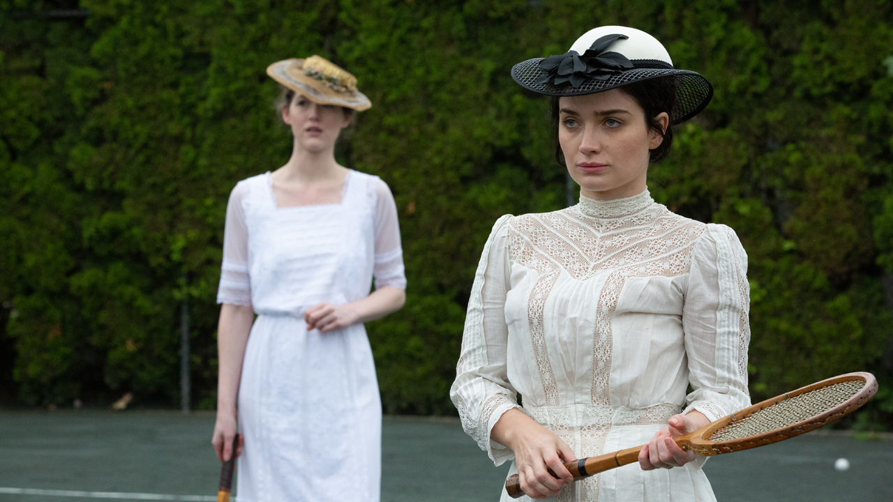 emma oconnor as evelyn and eve hewson as anne morgan