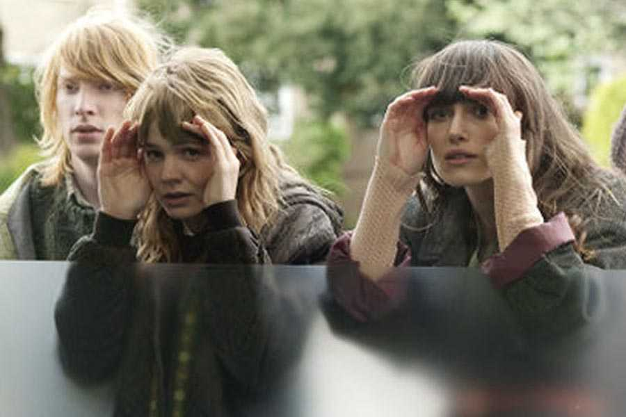 Domnhall Gleeson, Carey Mulligan, and Keira Knightley in 'Never Let Me Go'