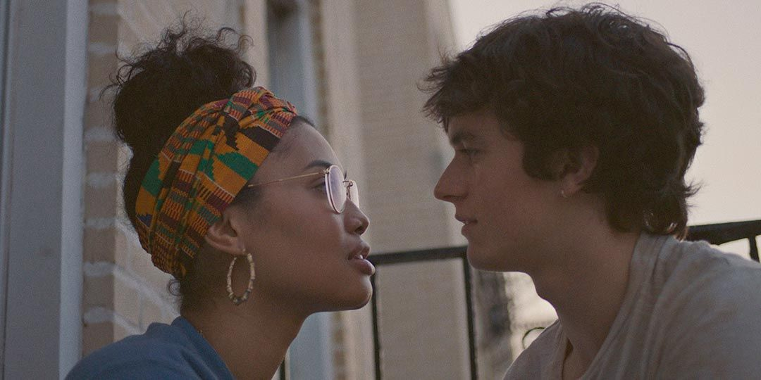 Leyna Bloom and Fionn Whitehead in 'Port Authority'