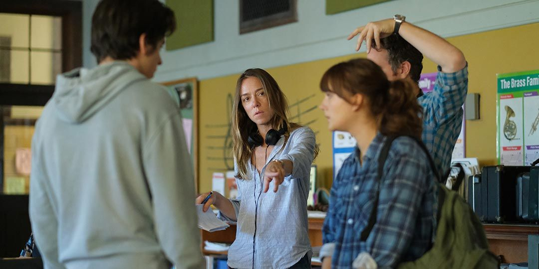 Siân Heder directs Emilia Jones and Ferdia Walsh-Peelo in 'CODA'